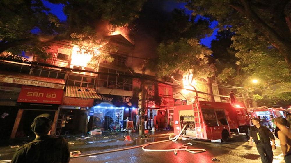 Khởi tố bị can trong vụ hỏa hoạn khiến 2 người tử vong tại nhà trọ ở Đê La Thành, Hà Nội