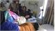 Hơn 50 người nhập viện cấp cứu sau khi ăn bánh mì tại quán ven đường