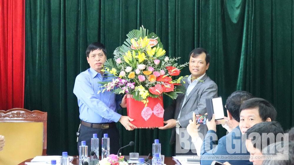 Đồng chí Hoàng Văn Đức được bầu giữ chức Phó Bí thư Thường trực Huyện ủy Yên Dũng