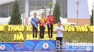 Nguyễn Thị Oanh giành HCV 5.000 m nữ, xác lập thêm một kỷ lục Đại hội Thể thao toàn quốc