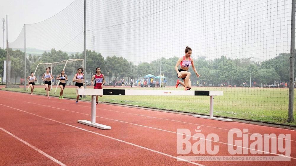 Nữ vận động viên Bắc Giang lần thứ ba phá kỷ lục Đại hội Thể thao toàn quốc