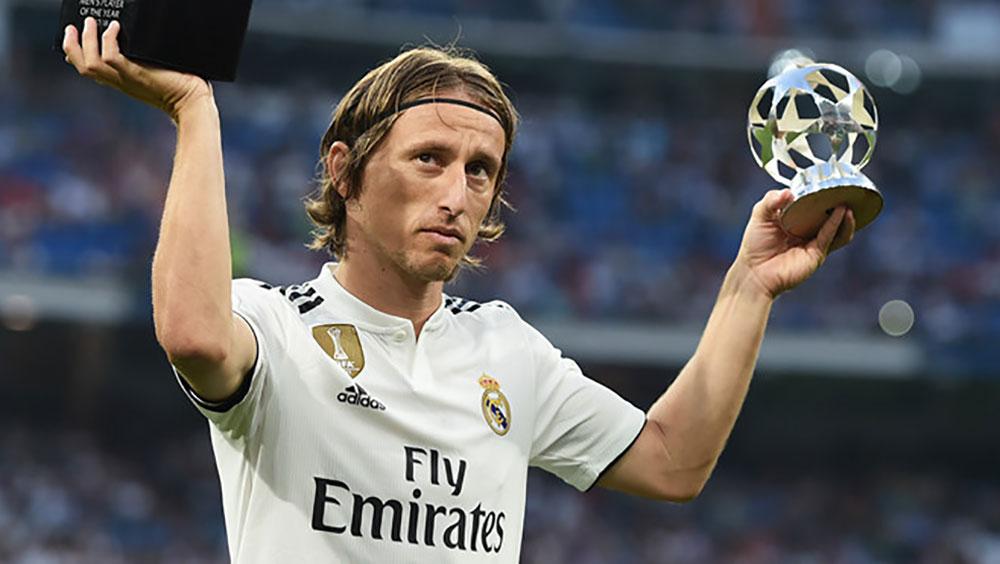 """Modric đoạt giải """"Cầu thủ hay nhất thế giới"""" của IFFHS, bước đệm quan trọng cho Quả bóng Vàng 2018"""
