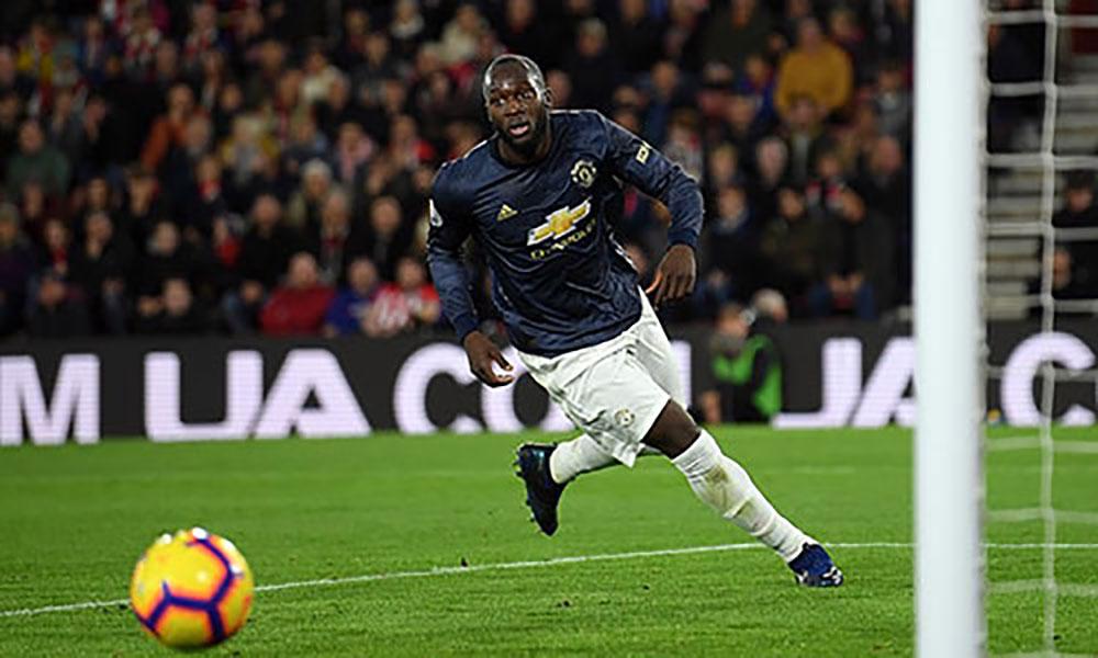 Man Utd bị chia điểm dù Lukaku ghi bàn trở lại