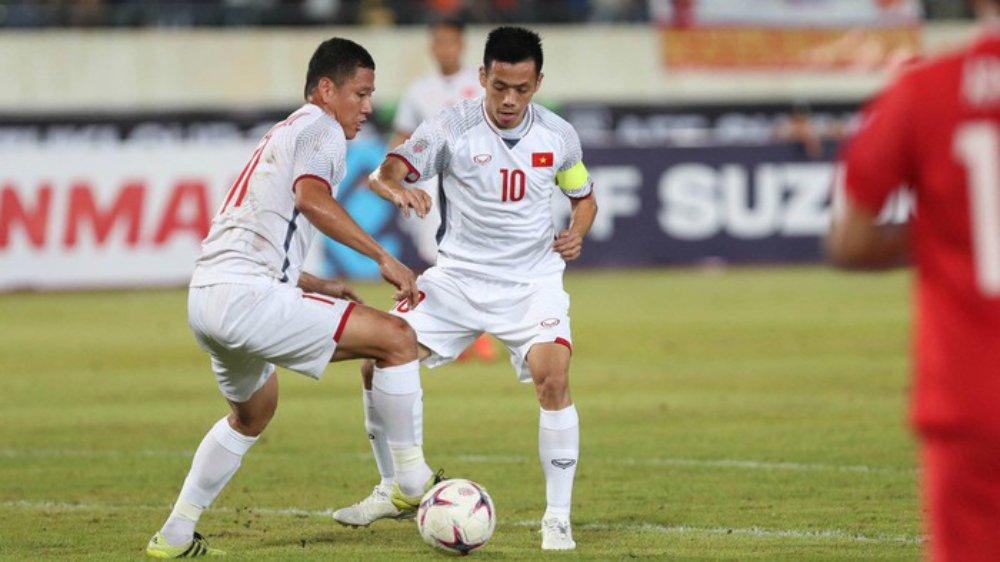 Đội hình Việt Nam-Philippines: Văn Quyết đá cặp Công Phượng