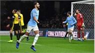 Man City bỏ cách Liverpool 5 điểm