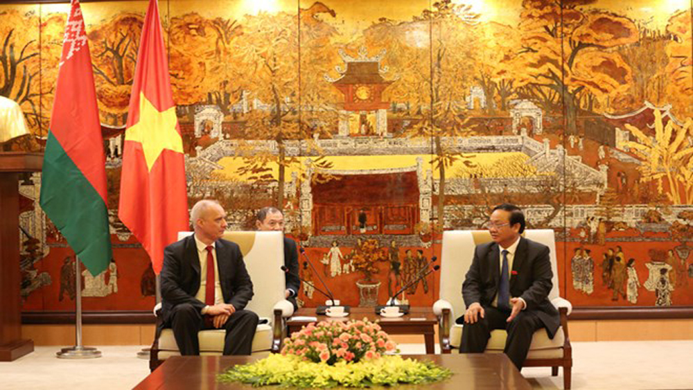 Hanoi, Minsk, cooperation pact, 2019 – 2020 period, cooperation agreement, bilateral ties, bilateral engagements,  local bus system, public transport management