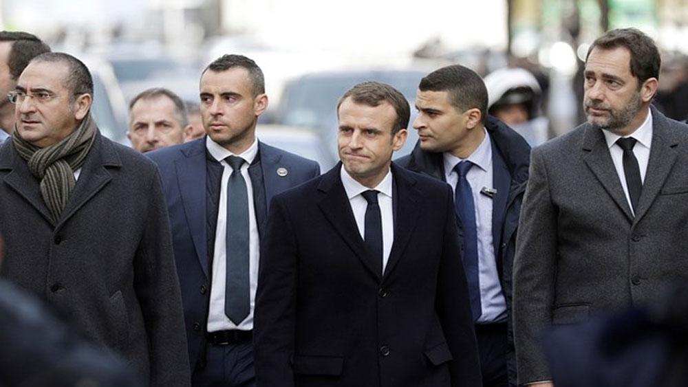 Tổng thống Pháp Macron, kêu gọi, phe đối lập có trách nhiệm