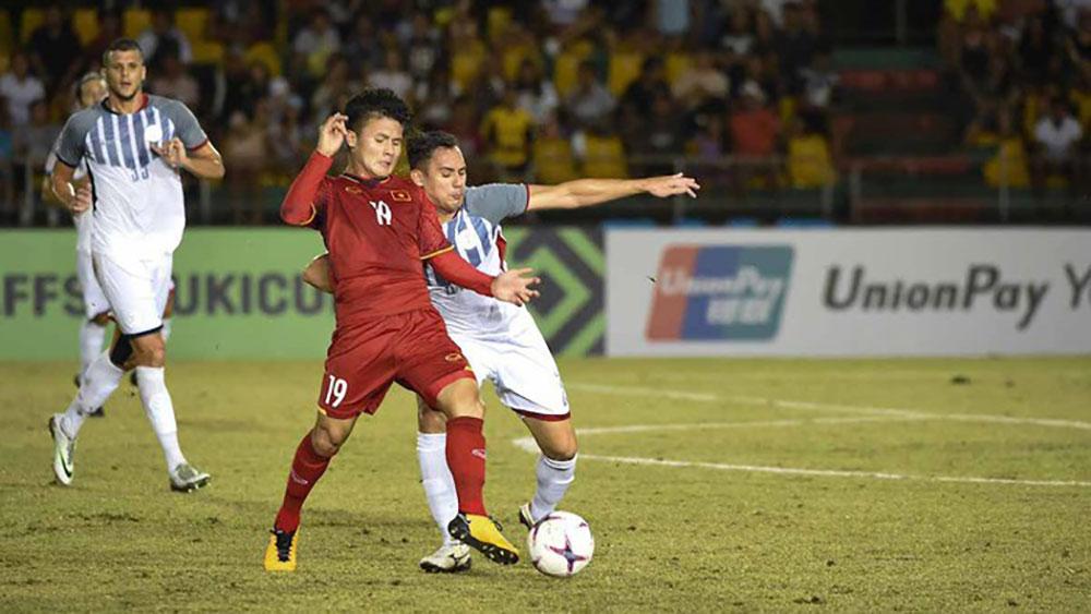 Đội hình Việt Nam-Philippines: Quang Hải đá tiền đạo