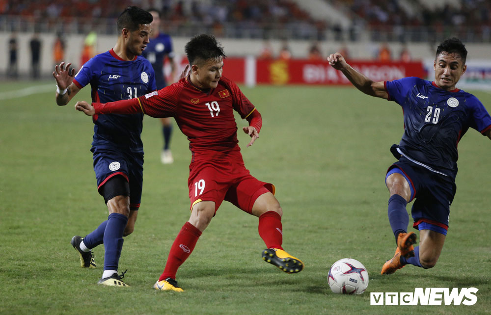 Đánh bại Philippines, tuyển Việt Nam vào chung kết AFF Cup sau 10 năm chờ đợi