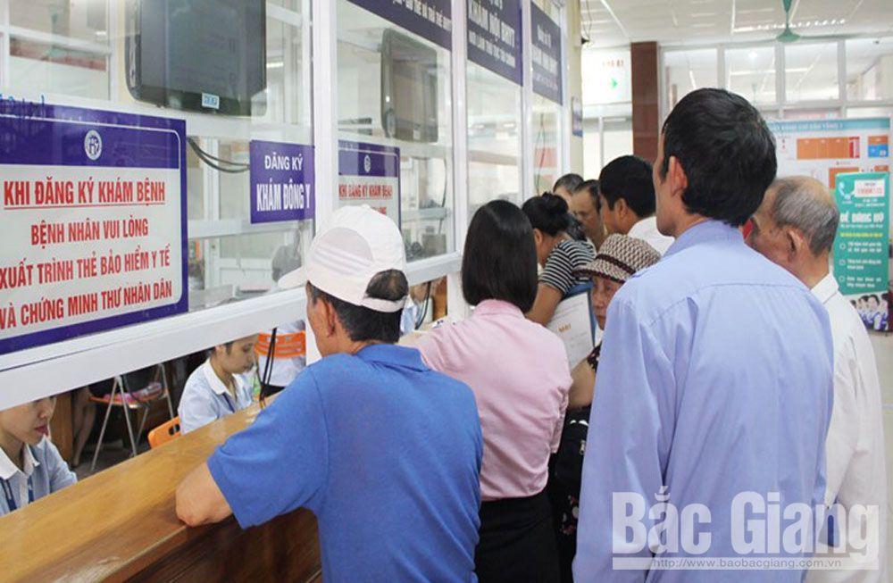 Lạng Giang có 98,8% người dân tham gia BHYT