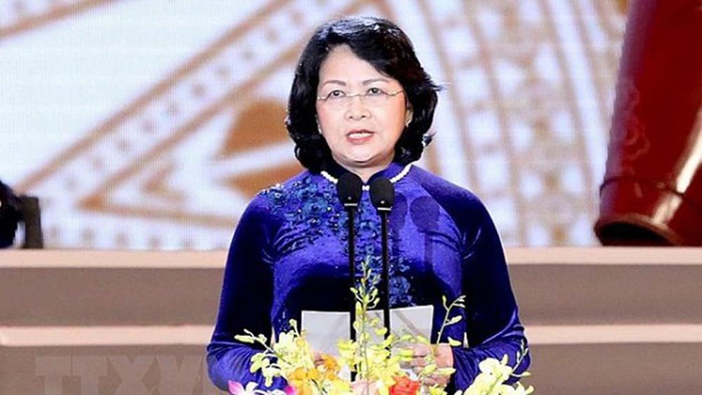 Vice President calls for more support from enterprises for Vietnamese children