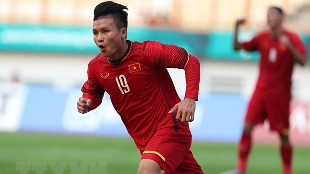 Midfielder Nguyen Quang Hai, Asia, best footballer award, Best Footballer, Asia Award, Titan Sports, Fox Sports Asia, Vietnamese player, most important events