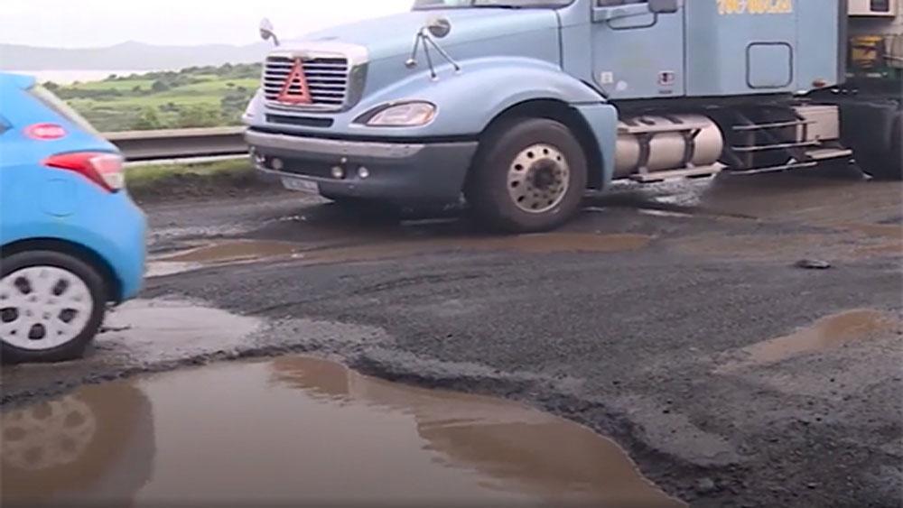 Tai nạn chết người do quốc lộ hư hỏng, Bộ Giao thông yêu cầu xử lý trách nhiệm