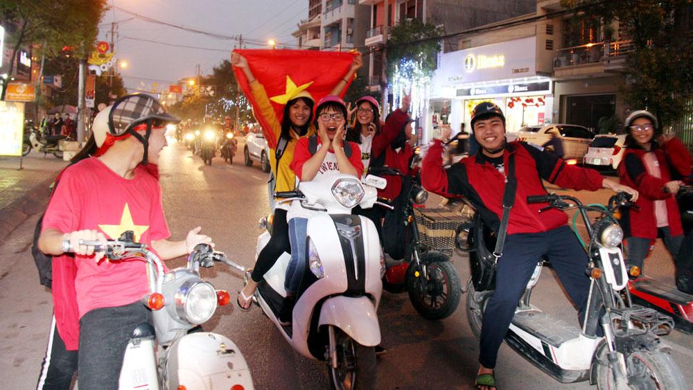 Bảo đảm trật tự an toàn giao thông cho các hoạt động cổ vũ đội tuyển bóng đá quốc gia Việt Nam
