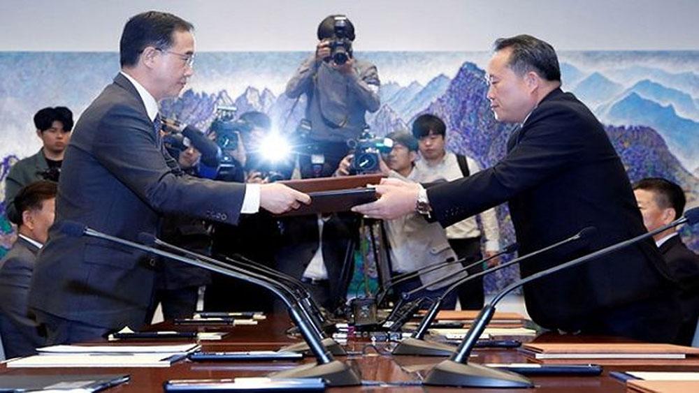 Hai miền Triều Tiên nhất trí thời điểm khởi công dự án kết nối đường sắt, đường bộ