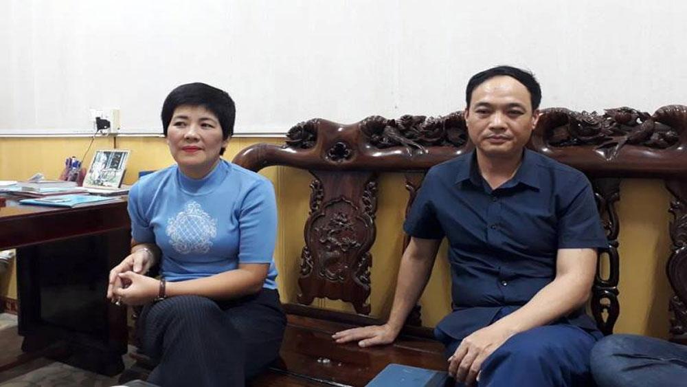 Cách chức Chủ tịch UBND phường cho vợ vay vốn thoát nghèo