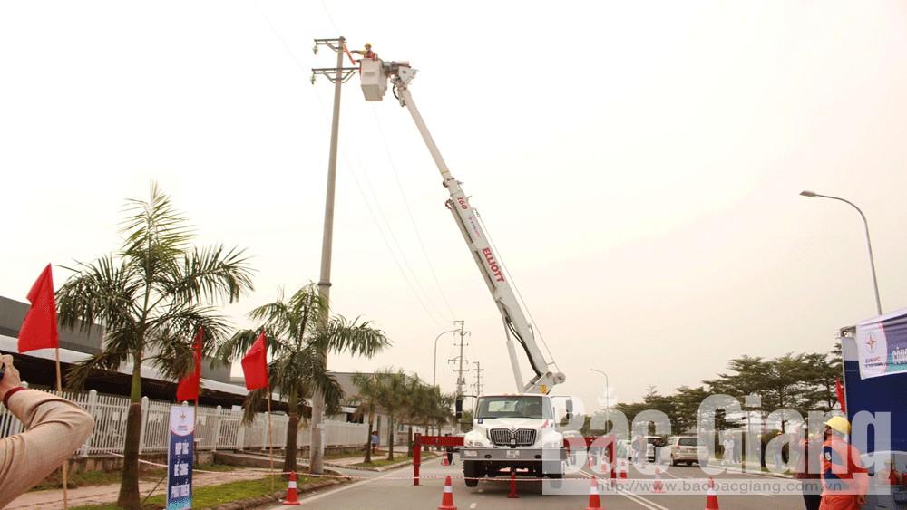 Công ty Điện lực Bắc Giang, áp dụng, công nghệ, sửa chữa, điện, 22 kV, đang mang điện