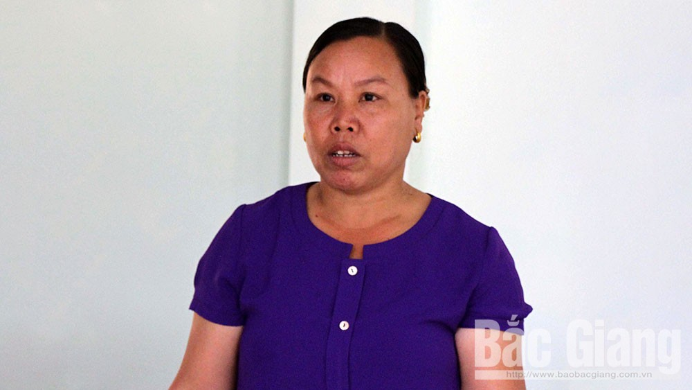 Nữ trưởng thôn, người nghèo, Lê Thị Mây, Sơn Động