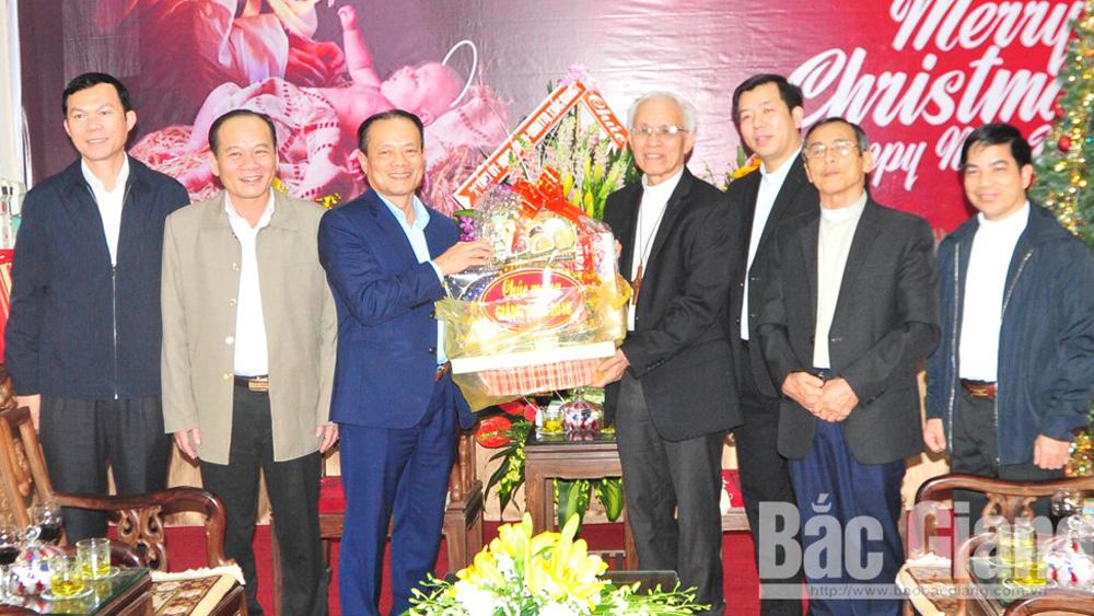 Đồng chí Lại Thanh Sơn chúc mừng Tòa Giám mục Giáo phận Bắc Ninh, Giáo xứ Bắc Giang