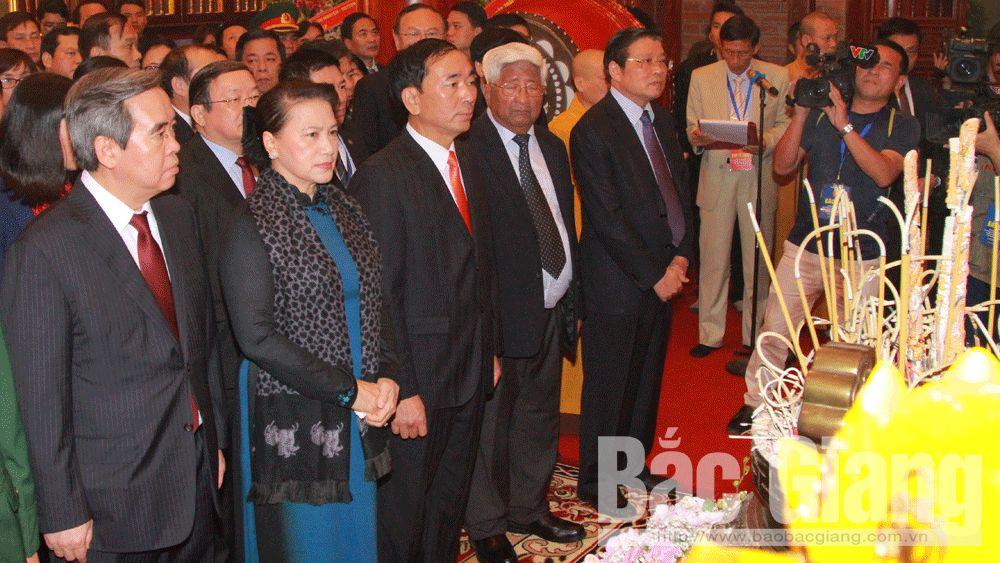 Thái Nguyên: Dâng hương tưởng niệm 60 liệt sĩ Đại đội Thanh niên xung phong 915