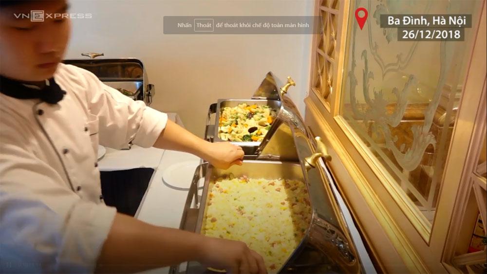 Bữa ăn dinh dưỡng dành cho tuyển Việt Nam tại khách sạn