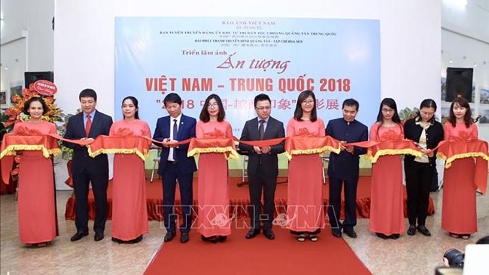 """Triển lãm ảnh """"Ấn tượng Việt Nam - Trung Quốc 2018"""""""
