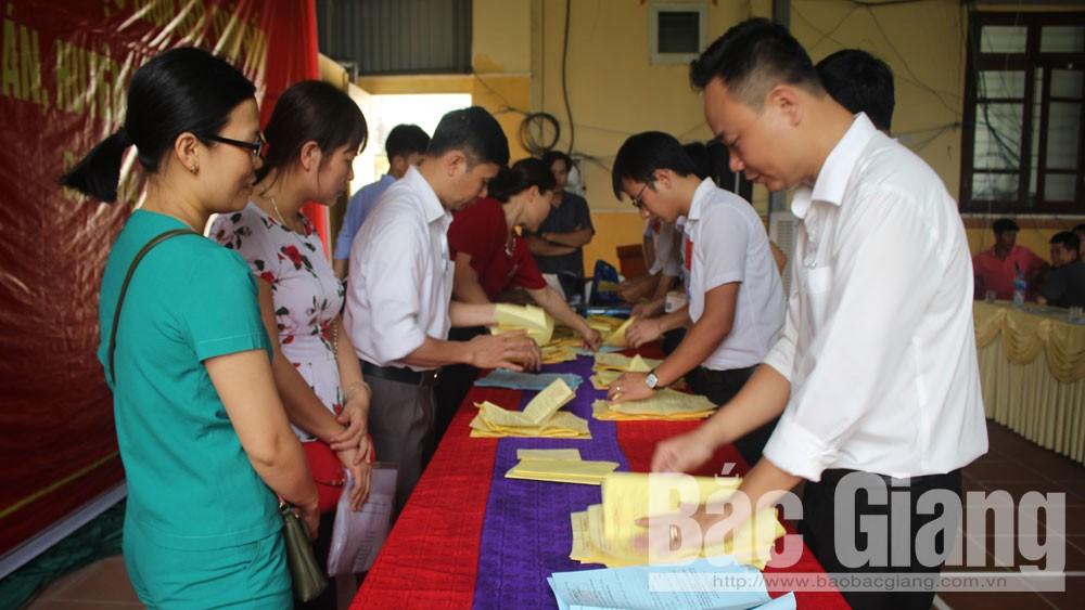 Huyện Yên Dũng thu chênh lệch gần 206,6 tỷ đồng từ đấu giá quyền sử dụng đất ở