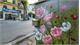 Flower power 'shocks' Hanoi's sidewalks