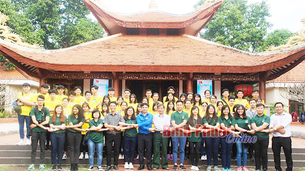 Binh Phuoc hosts international youth exchange