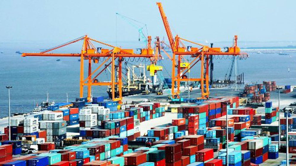 Trade surplus estimated at 7.21 billion USD this year
