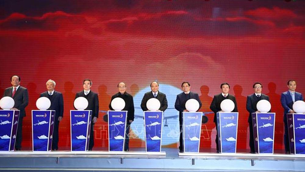 Thủ tướng Nguyễn Xuân Phúc dự lễ khai trương, thông tuyến 3 dự án hạ tầng trọng điểm tại Quảng Ninh