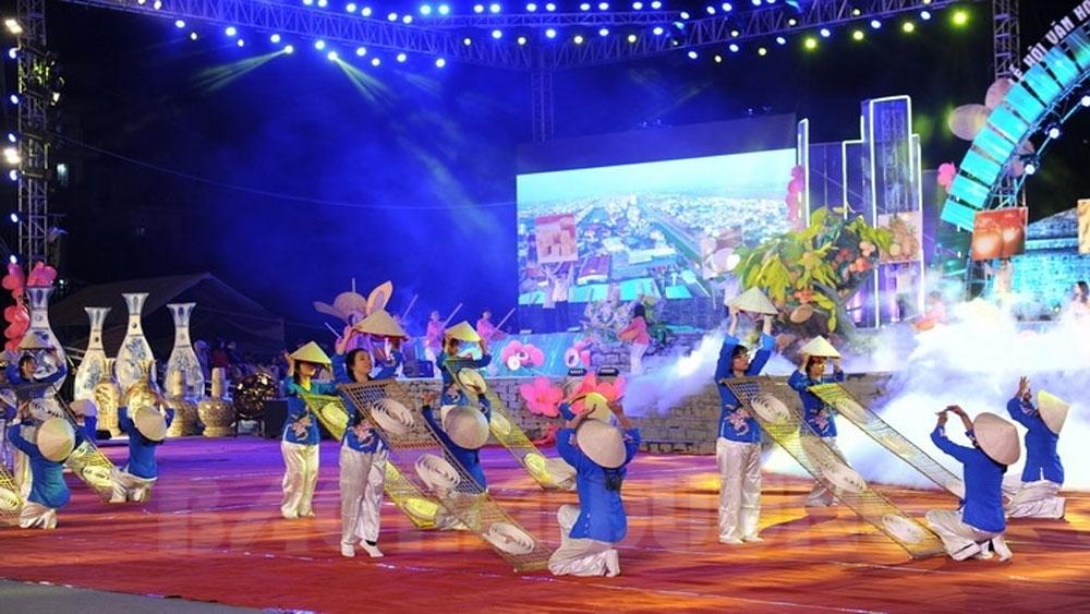 Rực rỡ Lễ hội văn hóa du lịch Xứ Đông: Chào đón năm mới 2019