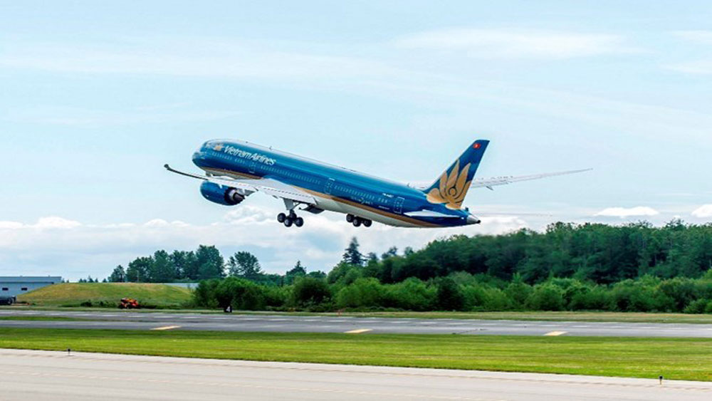Vietnam Airlines, Jetstar Pacific, 120,000 seats, New Year holiday, domestic flights,  Calendar New Year holiday, increasing demand