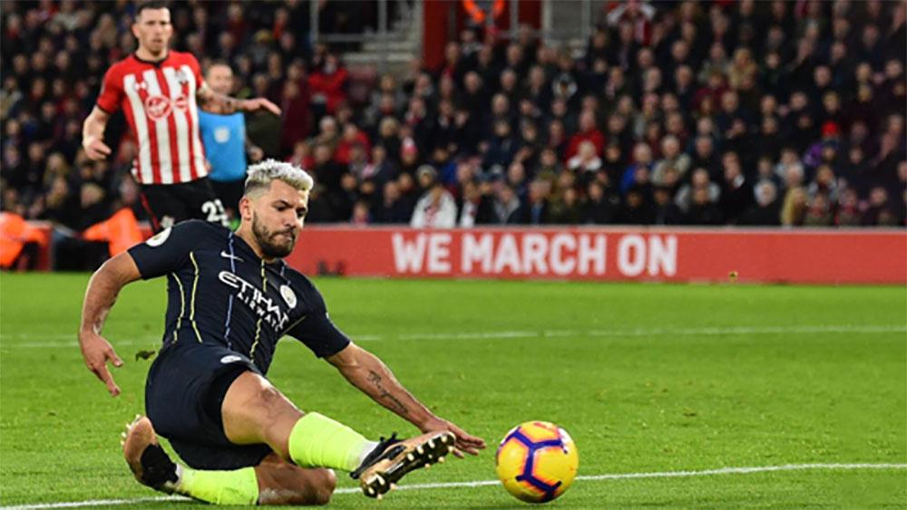 Man City trở lại Nhì bảng Ngoại hạng Anh