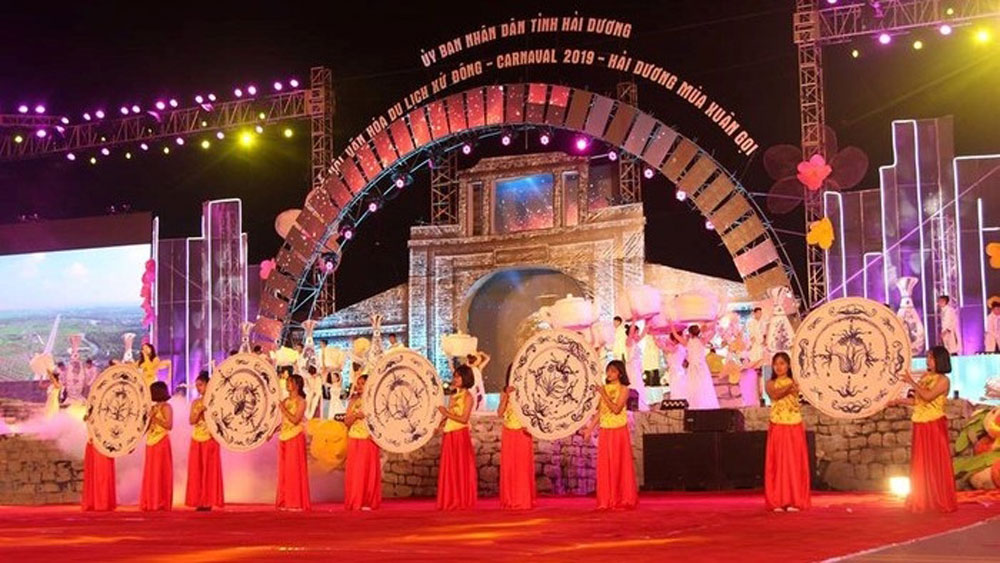 Hai Duong province, kicks off, tourism cultural festival, welcome New Year, street carnival, song and dance performances