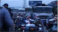 Sau vụ xe container gây tai nạn thảm khốc tại Long An: Kiểm tra ma túy tất cả lái xe khách, xe container