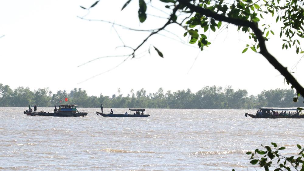 Vụ chìm sà lan trên sông Tiền: Hoàn tất công tác tìm kiếm nạn nhân mất tích