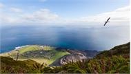 Hòn đảo xa xôi nhất trên thế giới có người định cư