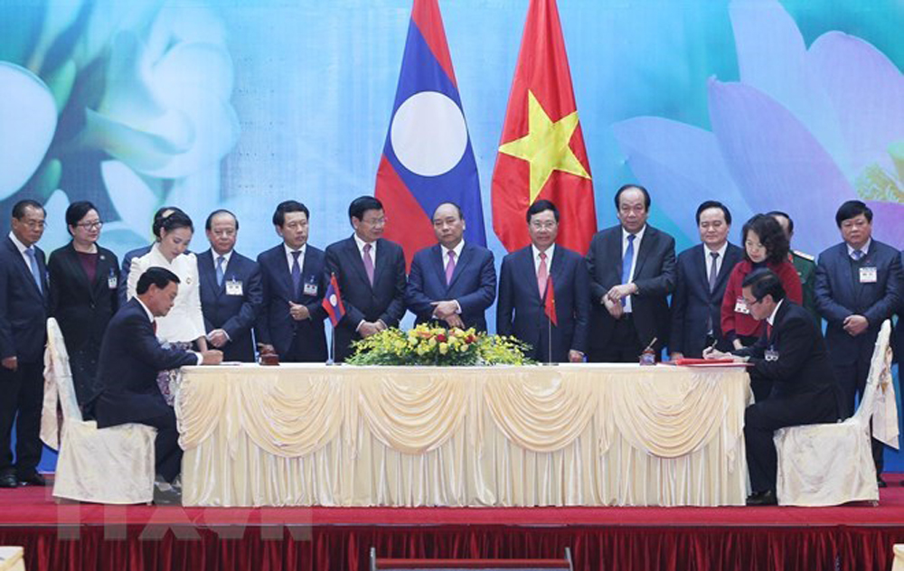 Vietnamese Prime Minister, Nguyen Xuan Phuc, Vietnam-Laos Inter-Governmental Committee, Thongloun Sisoulith
