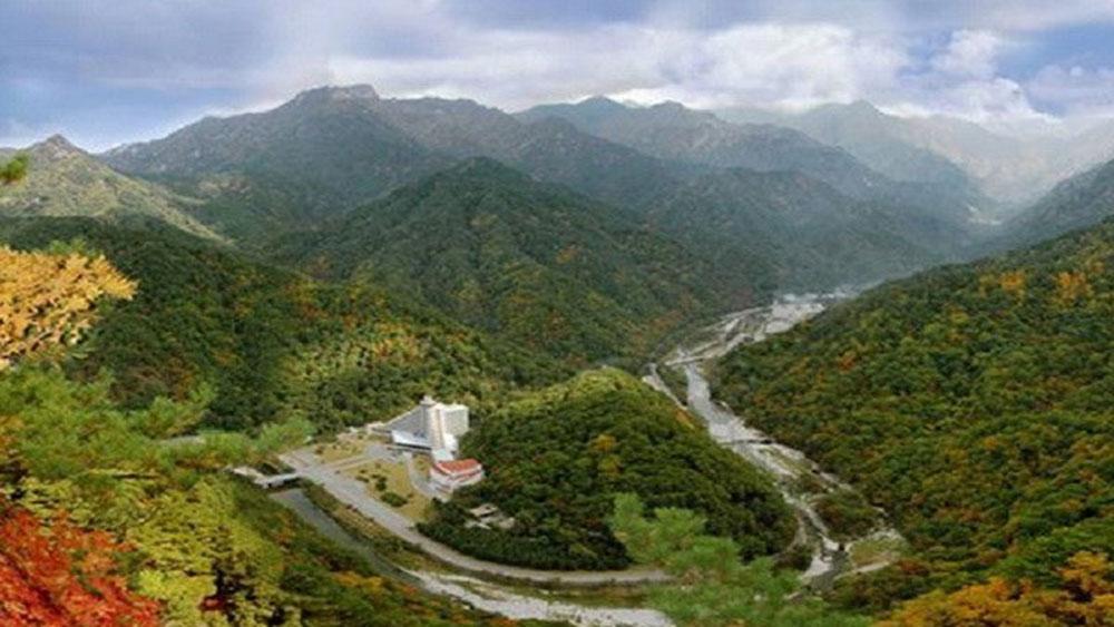 Hai miền Triều Tiên tổ chức chung sự kiện chào năm mới tại núi Geumgang