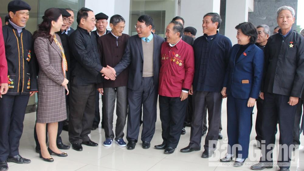 Đoàn đại biểu quốc hội tỉnh Bắc Giang, Phát huy vai trò của người có uy tín, đồng bào dân tộc thiểu số