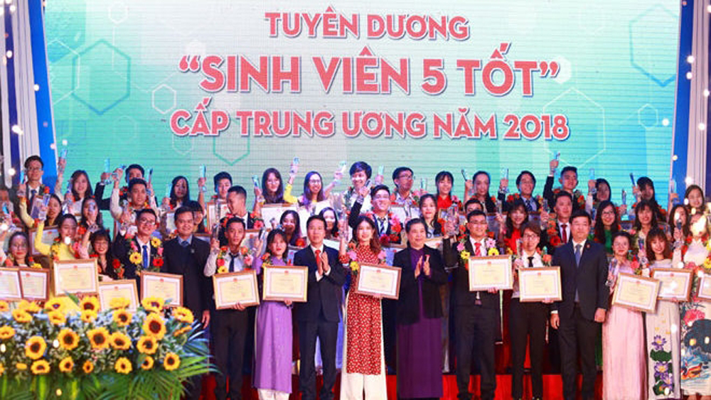 Outstanding students, Sinh Vien 5 Tot, Five-Virtue Student, January Star, 69th anniversary, Vietnamese Students' Day, good learning, good skills, good integration, good health