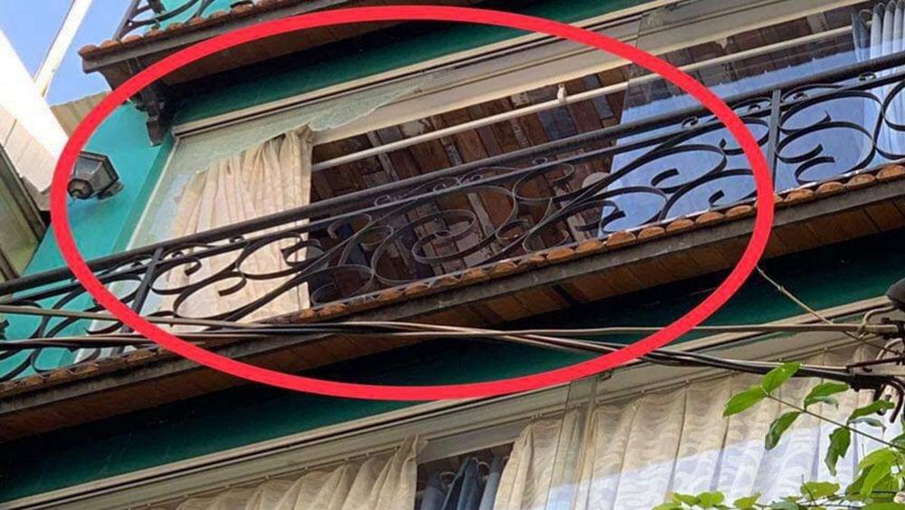 Thanh niên dùng ná bắn vỡ hàng loạt kính nhà dân ở trung tâm TP Hồ Chí Minh