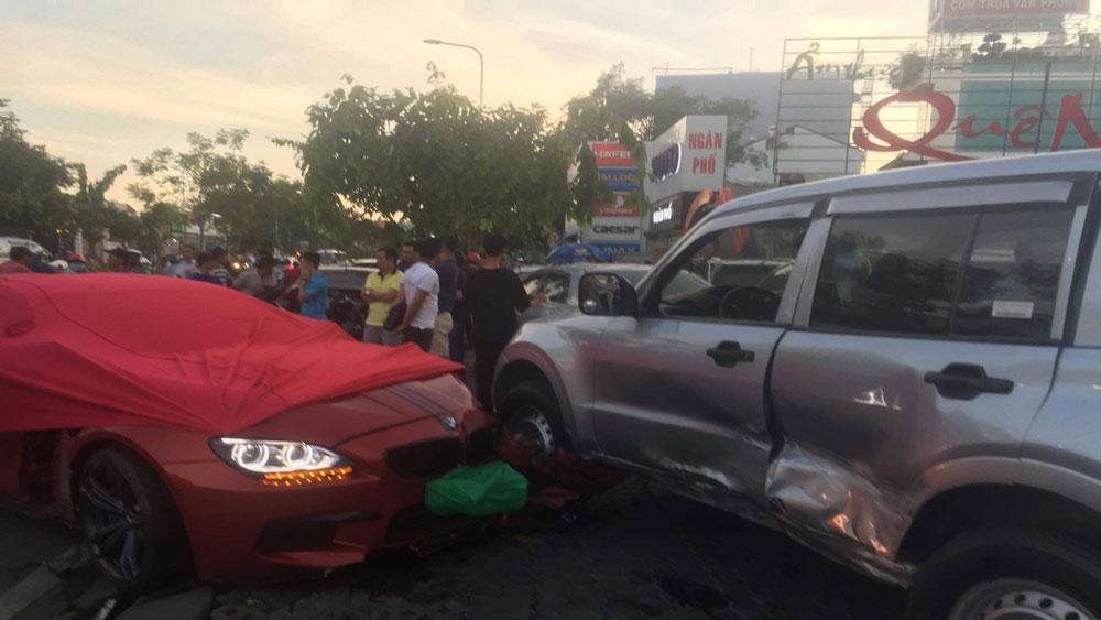 Xe ô tô BMW, đâm hàng loạt ô tô, xe máy, TP Hồ Chí Minh