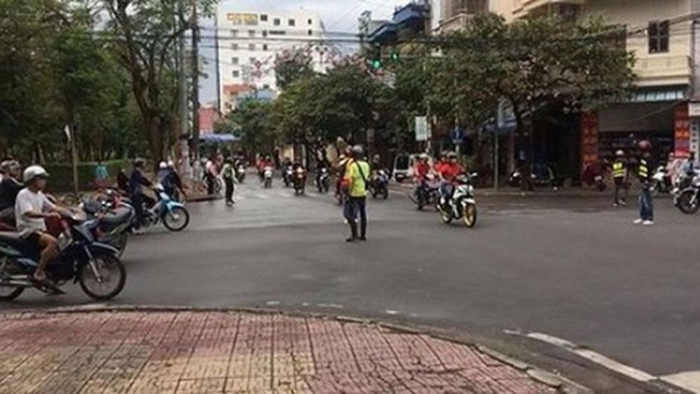 Xử phạt, nhóm phượt thủ chặn ngã tư, TP Nam Định