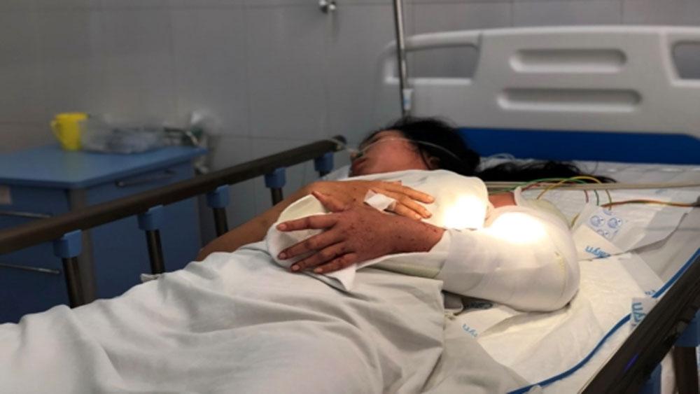 7 trong số 22 nạn nhân, vụ lật xe khách trên đèo Hải Vân, xuất viện