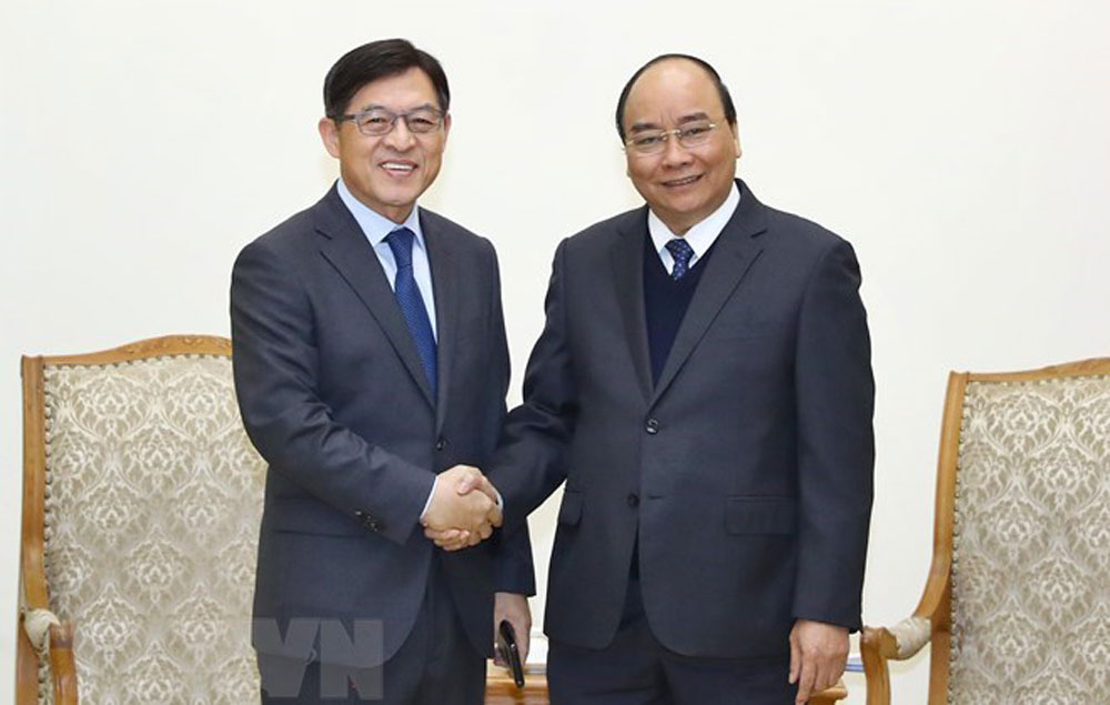 Vietnamese Government, PM, Vietnam, Samsung's operations, favorable conditions,  production activities,  long-term investment