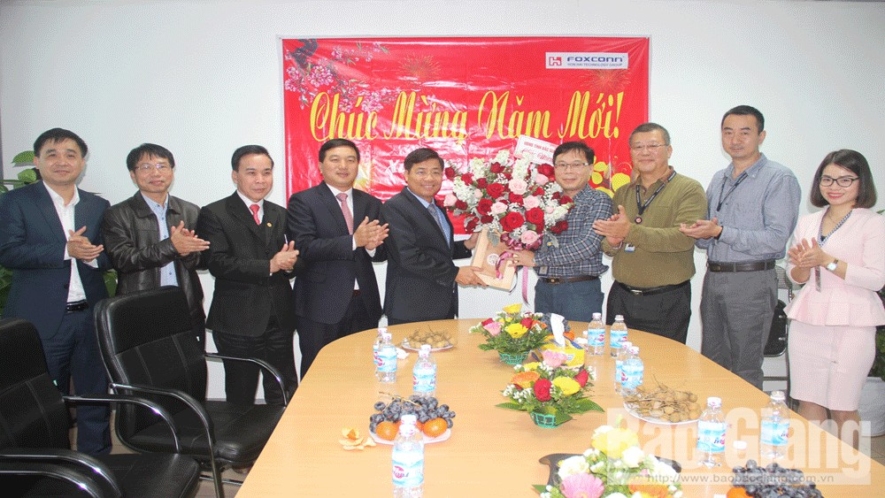 Provincial leader, Tet Greetings, FDI enterprises, Bac Giang province, foreign direct investment, FDI firms,  project execution, great contribution, most favorable conditions