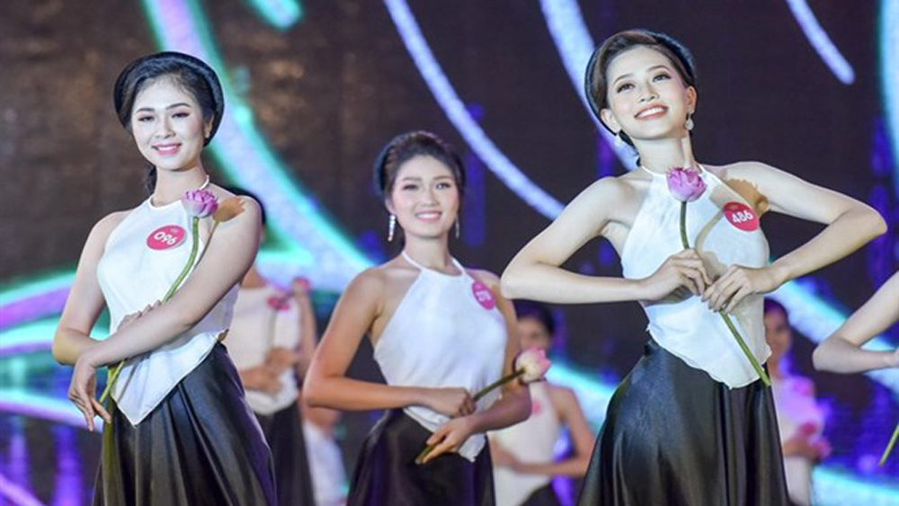 First Miss World Vietnam 2019, first contest, Young women, cosmetic surgery, Sen Vang Entertainment, Vietnamese contestants, leading beauty pageant, global competition