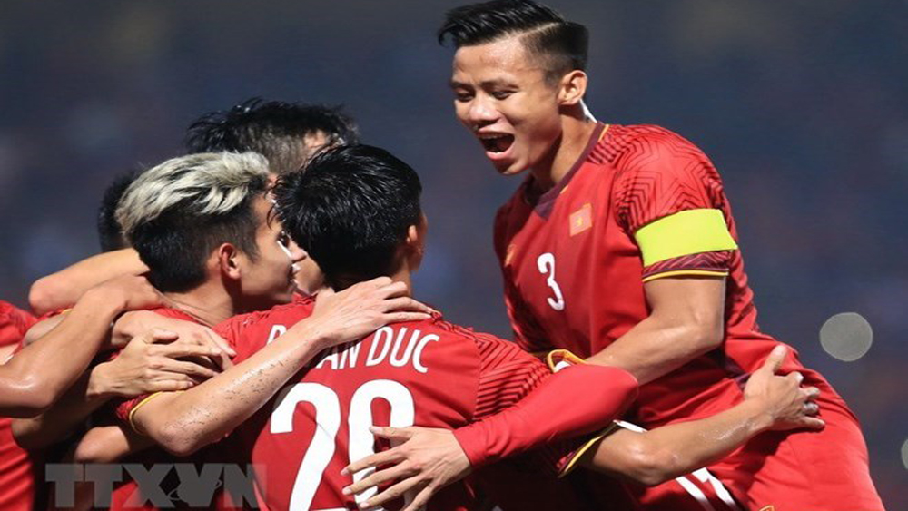 Asian Cup 2019, Que Ngoc Hai, 10 best performers, second round, Football website, Fox Sports Asia, Vietnamese defender, monumental tie, opening round